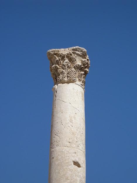 Jordan052アンマンのローマ劇場の柱