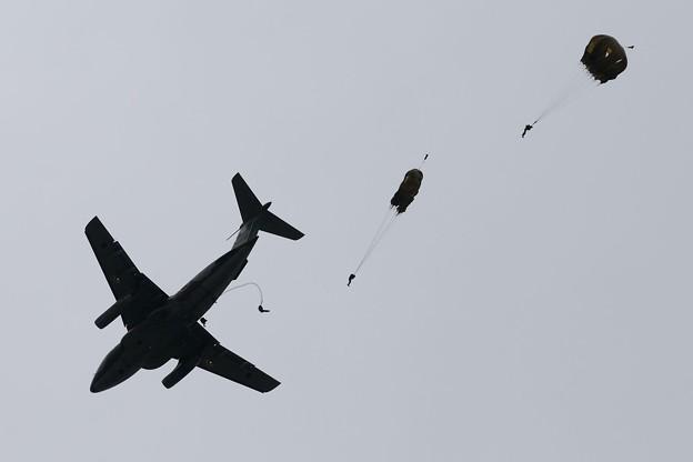 D300s_20130519_0226 美保基地航空祭 C-1 空挺降下