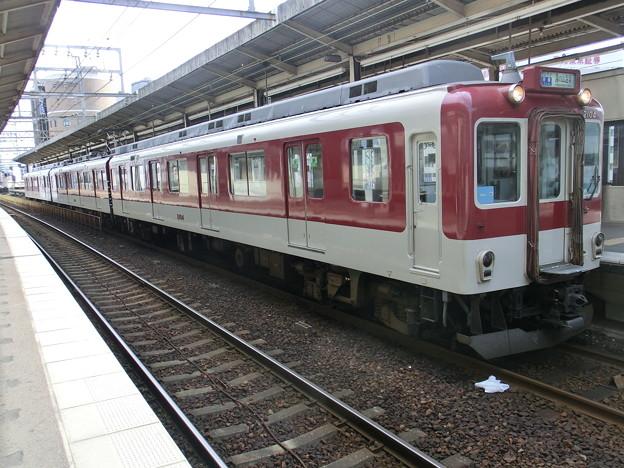 近鉄:2000系(2004F)-01