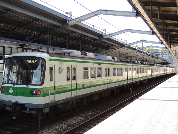 神戸市交通局3000形(3128F)-02