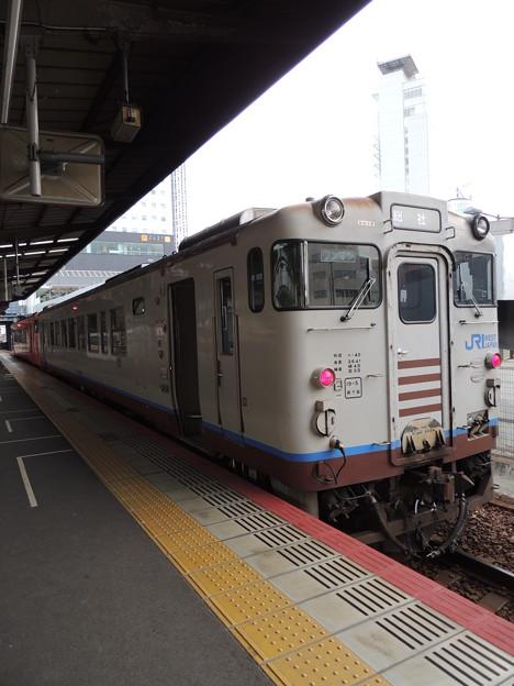 JR西日本:キハ40形-01