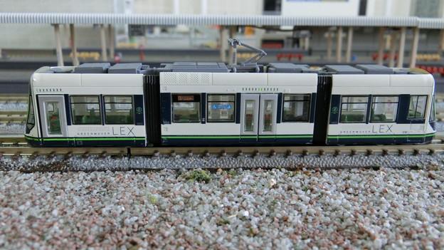 Photos: 模型:GREEN MOVER LEX-03