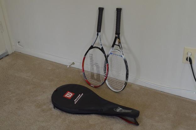 テニスラケット $20.00