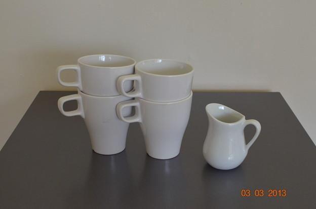 IKEAコーヒーカップセット(一部磨き傷あり)$2.00