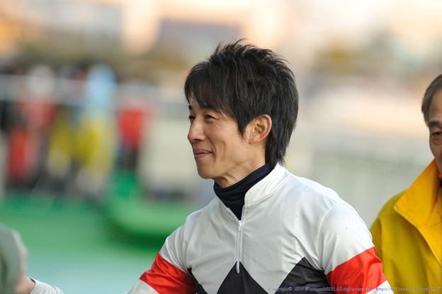 [川崎記念14]大賞典のときよりも長い時間ファンサービスをしてくれている幸騎手