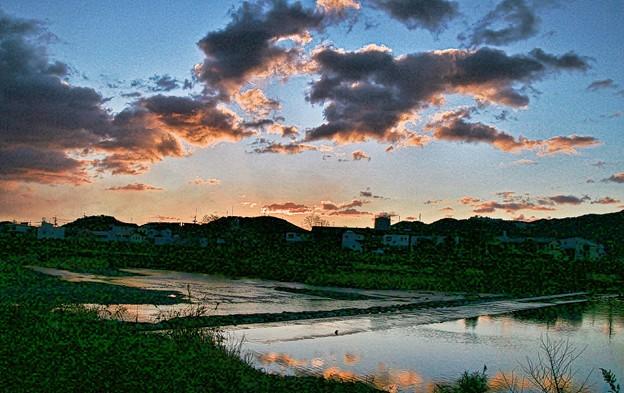 鏡川の朝空.6