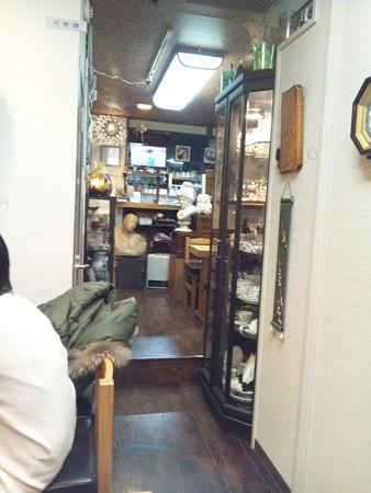 美術茶房 篠 店内