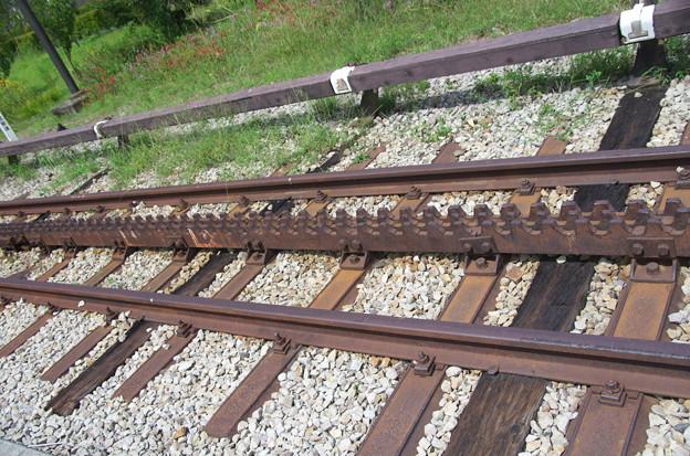 アプト式鉄道のラックレール - ...