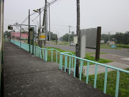 月ケ岡駅6