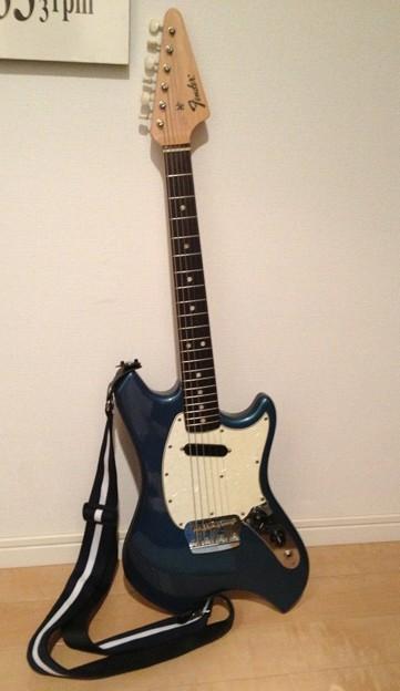 ついに待望のギターがきた!fend...