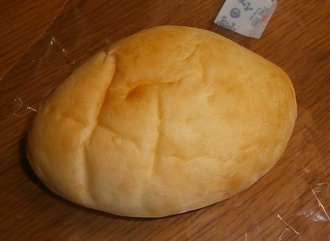 満のクリームパン
