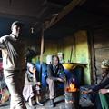 Photos: 旧強制黒人居住区ランガ。室内で話を伺う