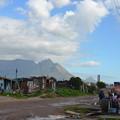 写真: 旧強制黒人居住区ランガの風景