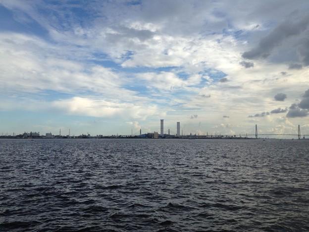 名古屋港から見た名港トリトン・名港中央大橋_05