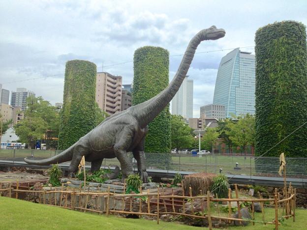写真: ノリタケの森:巨大恐竜がやってきた! - 12