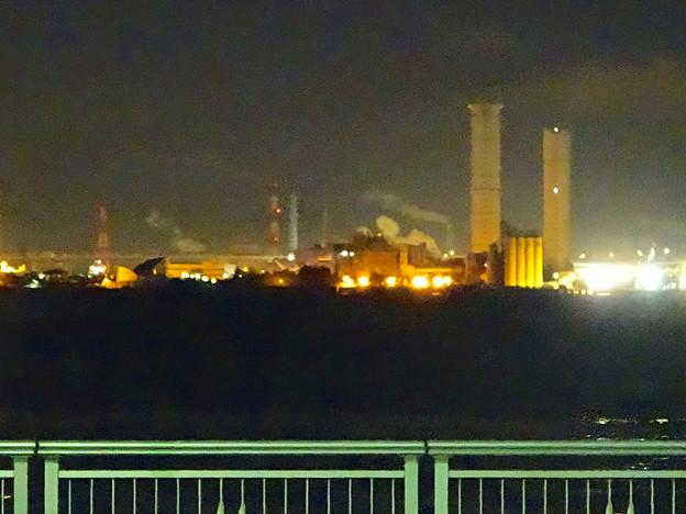 夜の中部電力 新名古屋火力発電所