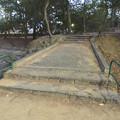 写真: 鶴舞公園にある石の橋 - 2