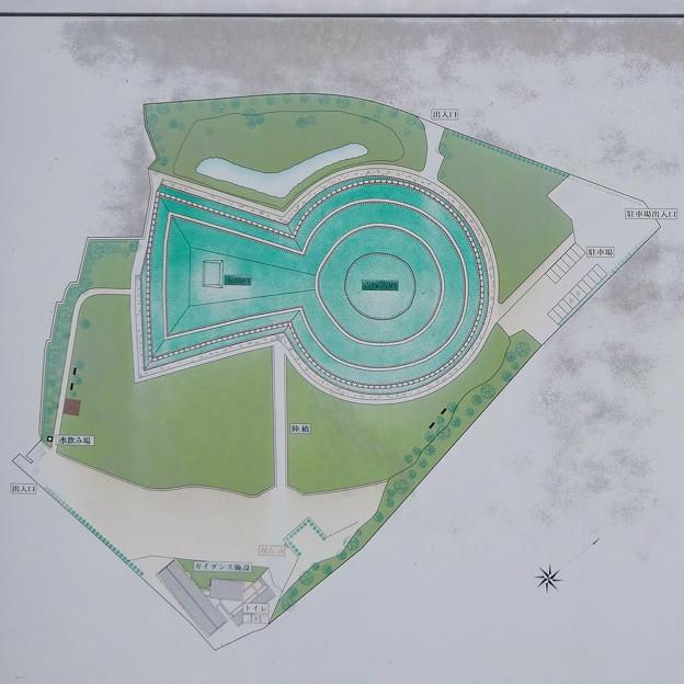 青塚古墳史跡公園総合案内板 - 2:園内案内図