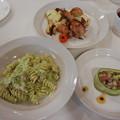 Photos: 2月 ローストチキン ローズマリー風味・ブロッコリーのクリームパスタ・まぐろの前菜風サラダ