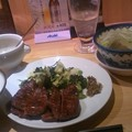 写真: 夕食は牛タンー!!ひぁーー...