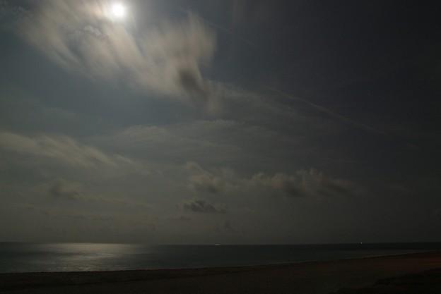 月夜の遠州灘(南)
