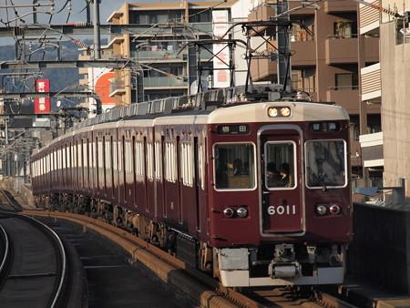 阪急6000系普通 阪急宝塚線岡町駅