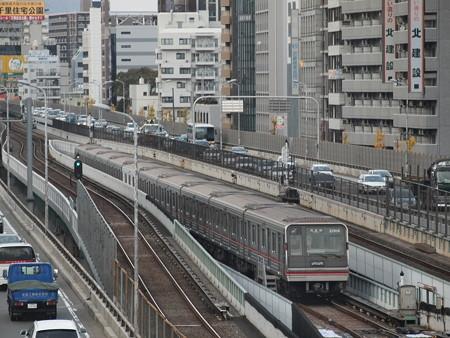 大阪市営地下鉄新20系 御堂筋線東三国~新大阪@留置線