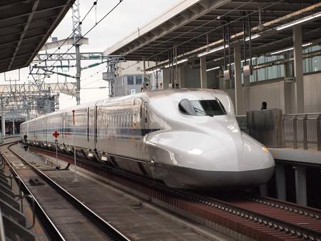 N700系のぞみ 山陽新幹線新大阪駅
