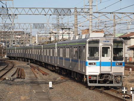 東武10000系 東武野田線春日部駅