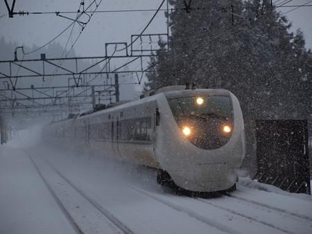 681系特急はくたか 上越線大沢駅