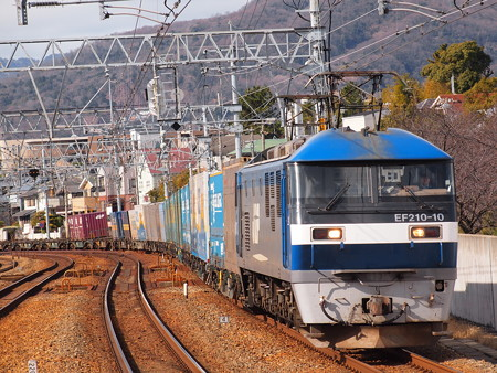 EF210貨物 東海道本線さくら夙川駅