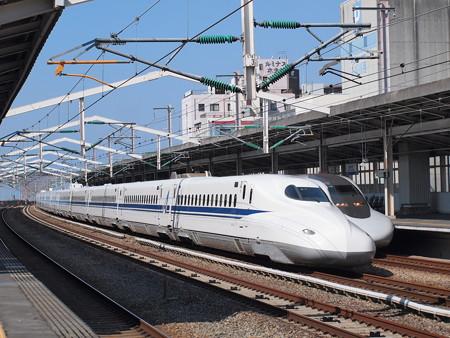 N700Aのぞみ 700系こだま追い越し 山陽新幹線西明石駅