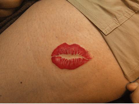 タトゥー キスマーク ワンポイント ガールズタトゥー tattoo kiss mark