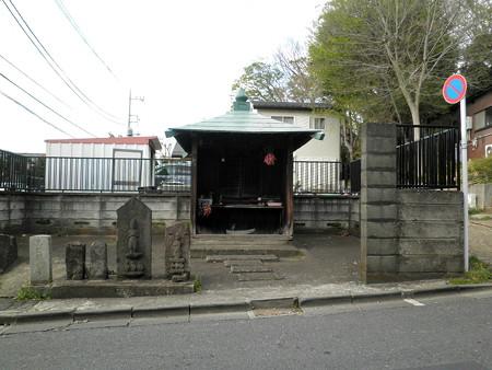 安穏寺-06a馬頭観世音・庚申塔・地蔵堂