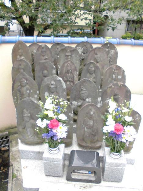 東光院-08墓地b