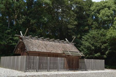 神麻続機殿神社 - 八尋殿1