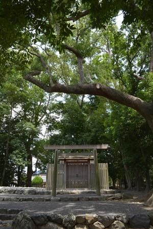 清野井庭神社4