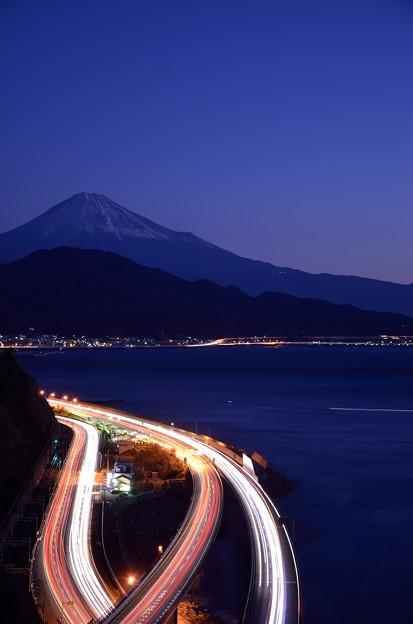 富士山と光の川?