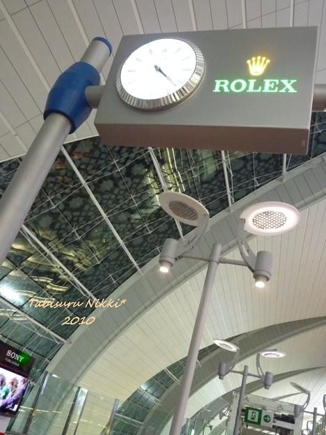 ドバイ空港ROLEX