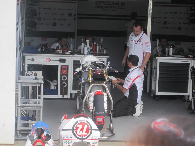 Photos: 219_gresini_racing_moto2_moriwaki_2011_rd15_