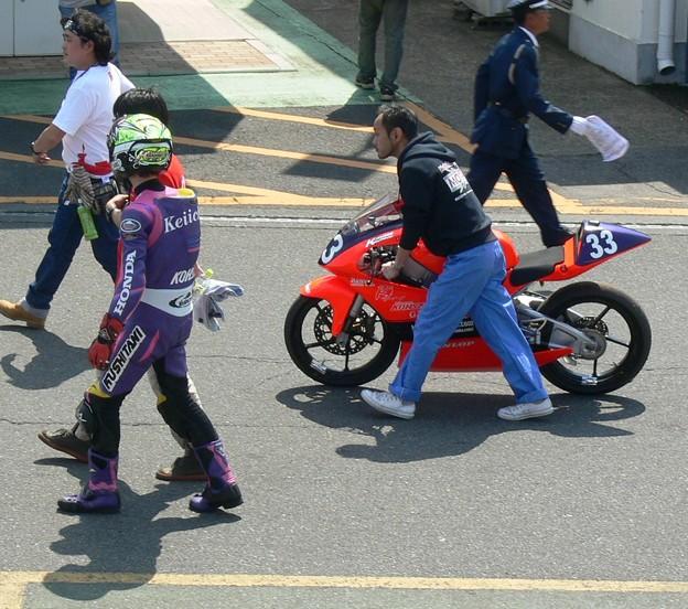 写真: 598 33 川瀬 啓一郎 チーム KOHSAKA NSF250R
