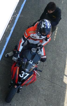 483 2012 37 近藤 湧也 <br /><br />GBSレーシング YZF-R6
