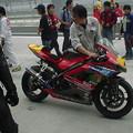 写真: 28_2005_atushi_watanabe_yoshimura_suzuki_jomo_with_srixon_racing_team