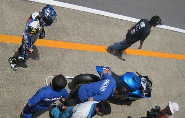 写真: 15 2013 J_GP2 12 中本 郡 レーシングチーム OutRun YZF-R6