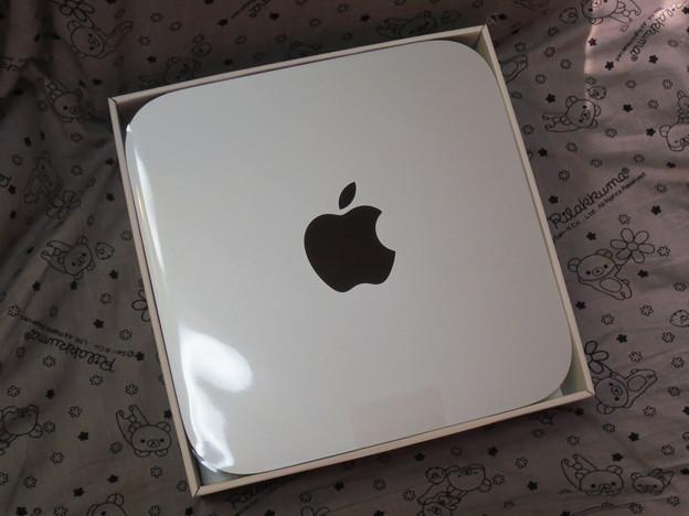箱いっぱいのMac mini