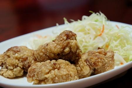 鶏肉の竜田揚げ 千切りキャベツたっぷり