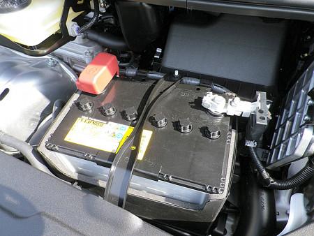 S-85 バッテリー