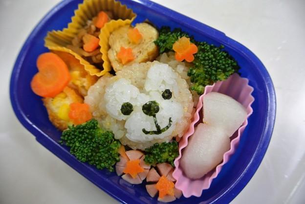 写真: 10月8日(火)「ダッフィーおにぎり弁当」