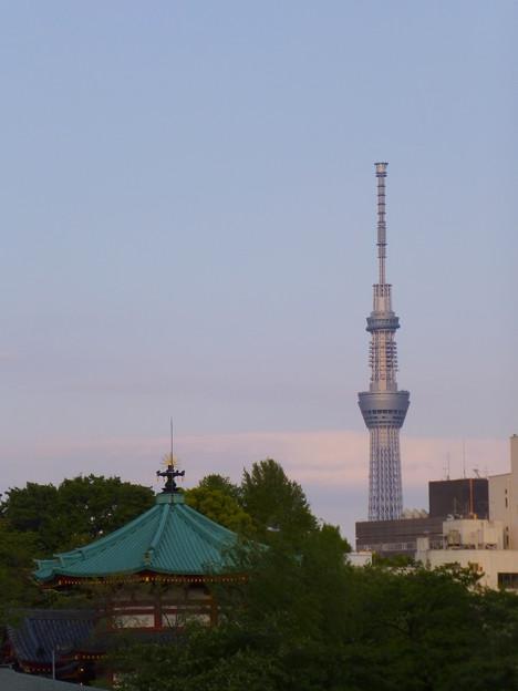遥かに掲げし決意の塔