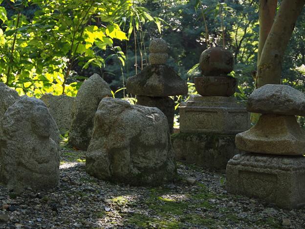 石仏の寄合